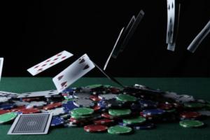 【德州撲克】如何玩撲克遊戲-關於德州撲克四大策略教學