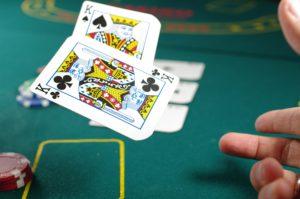 【線上德州撲克牌】2021如何靠德州撲克賺錢,提高勝率策略
