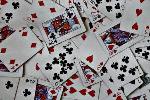 Read more about the article 【 21點必學規則、技巧】21點規則、保險、算牌和二十一點贏錢技巧