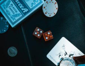 Read more about the article 【 21點職業賭徒】21點五大約束條件掣肘,讓職業賭徒技窮