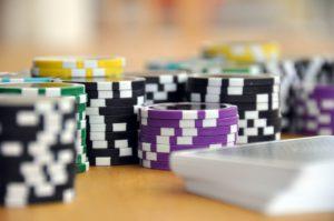 【 百家樂如何贏?】百家樂補牌規則教學-要在線上娛樂城贏錢就要先懂規則!